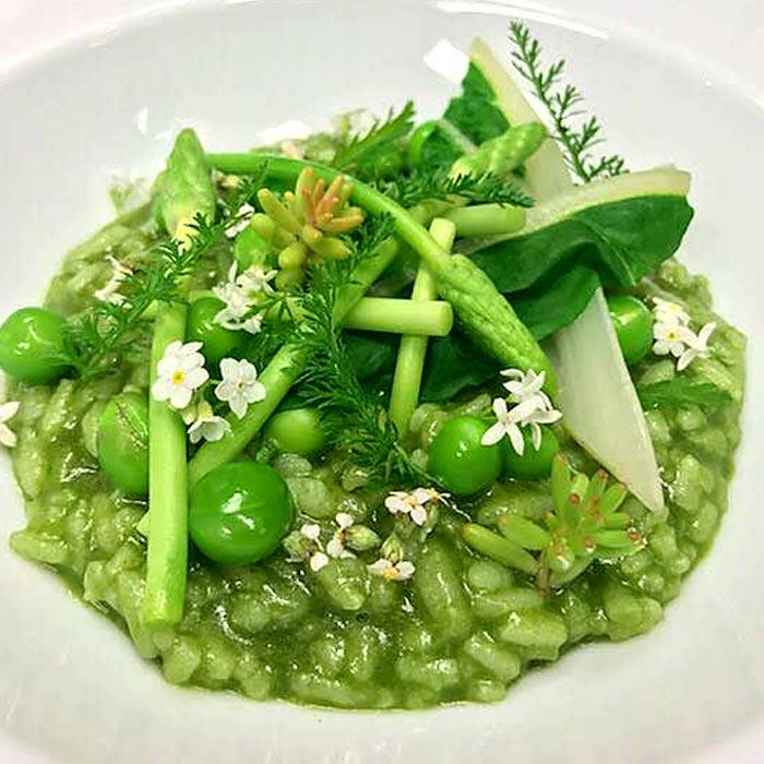 risotto verde, petit pois, asperge verte, haricot vert, plat végétarien